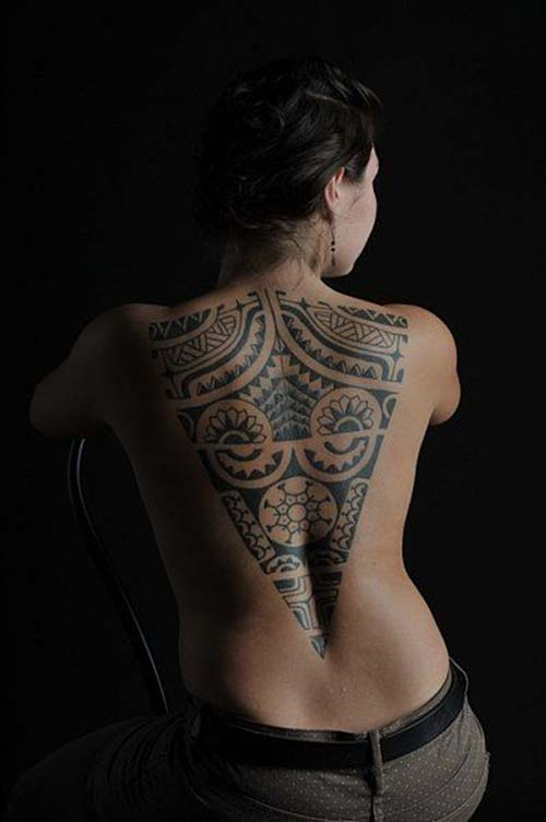 kadın üçgen sırt maori tribal dövmeleri woman back triangle maori tribal tattoos