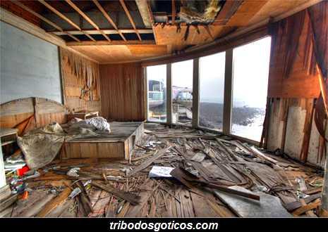 quarto destruido da cidade fantasma