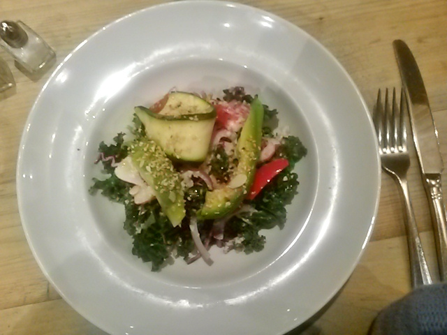 Bills Restaurant crunchy green kale salad