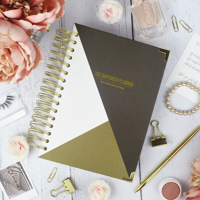 The Happiness Planner January - December 2018 Review, from Find Me A Gift | Lovelaughslipstick Blog