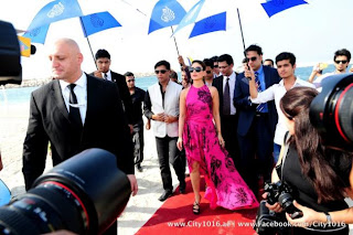 Kareena Kapoor promoting Heroine movie in Dubai