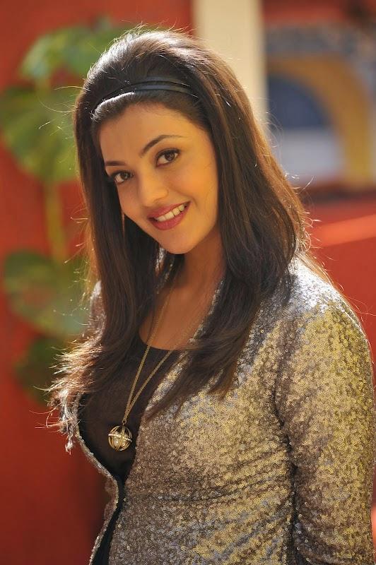 south actress kajal wallpaper