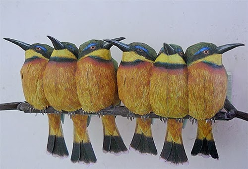 11-Little-Bee-eater-Johan-Scherft-Living-Paper-Birds-Sculptures-Watercolours-www-designstack-co