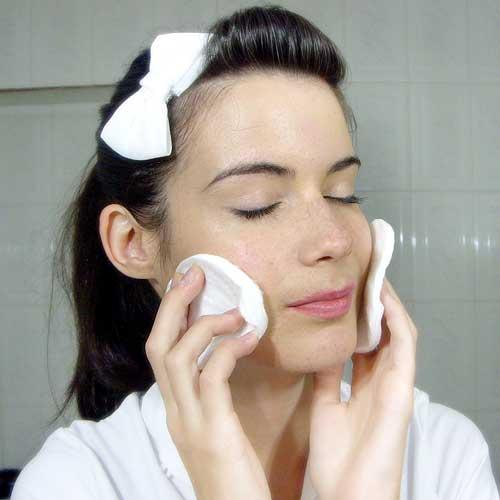 Exfoliar la cara en casa monika sanchez