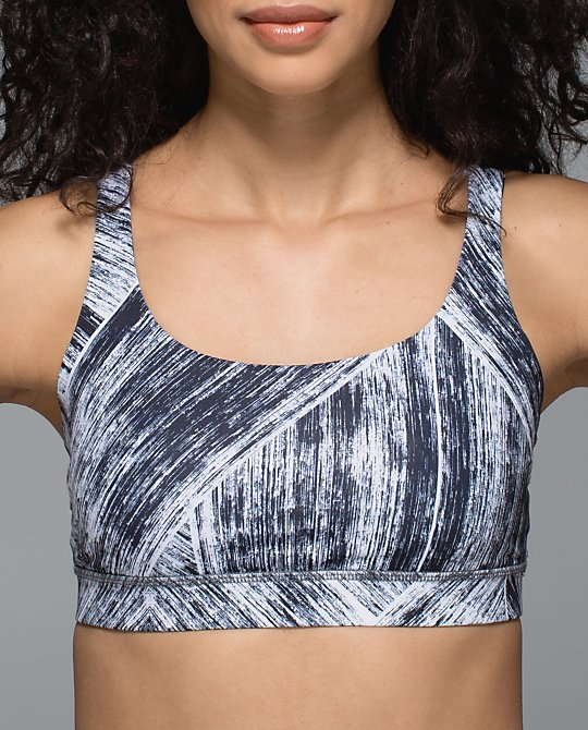 lululemon-heat-wave-energy-bra