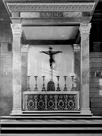 A Model Roman Altar