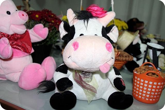 Vaca : Festa Caipira na Fazendinha do Lorenzo