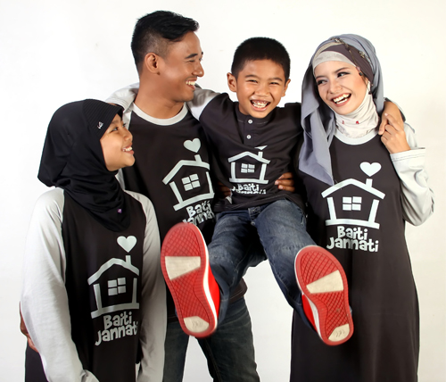 12+ Contoh Gambar Model Baju Lebaran Keluarga Trend Terbaru