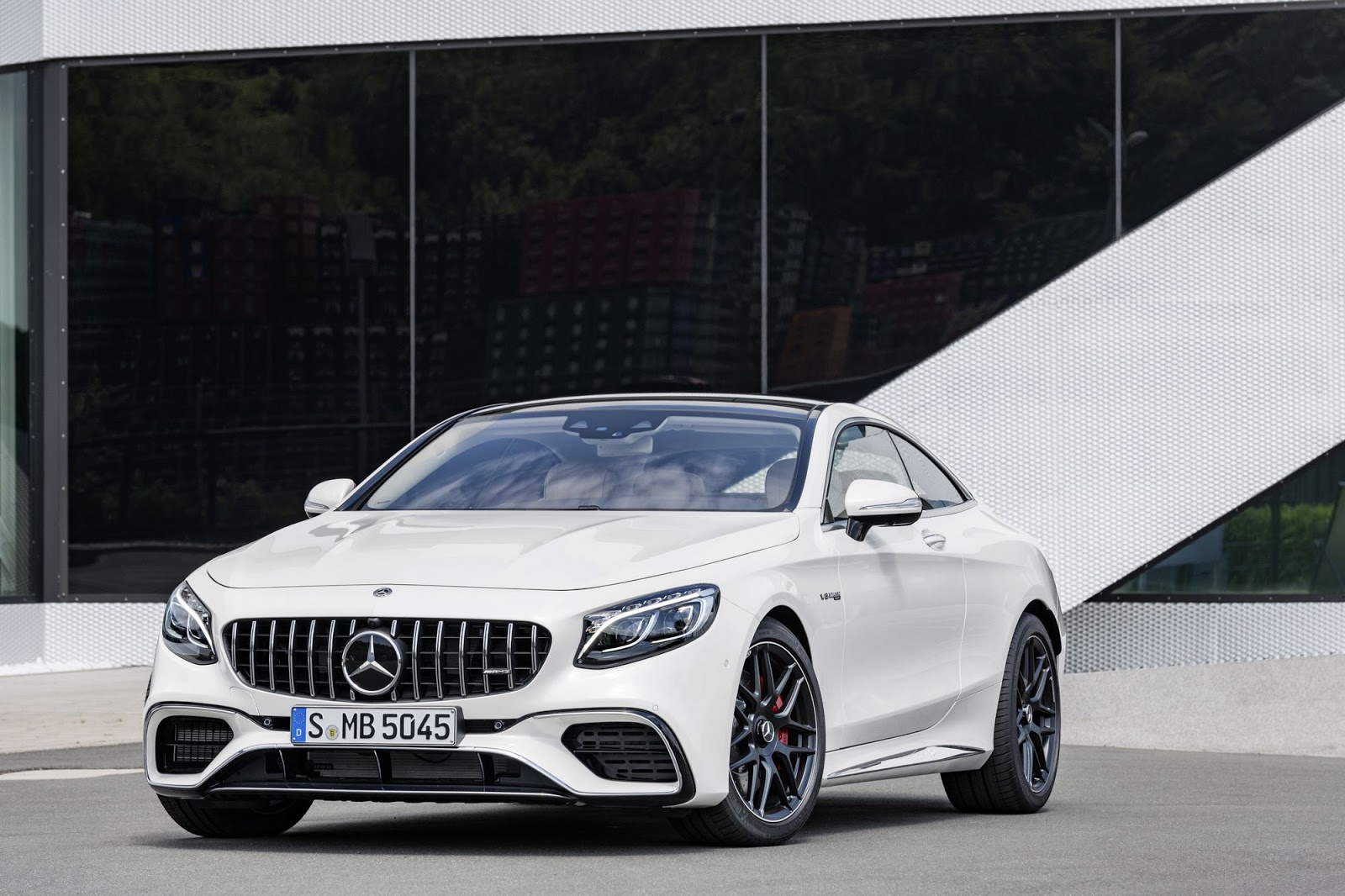 2018 mercedes amg s63 s65 coupe and cabrio get nip and. Black Bedroom Furniture Sets. Home Design Ideas