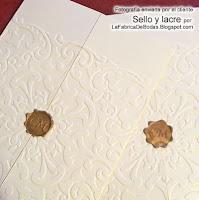 Venta de sello de lacre dorado para cerrar tarjeta para bodas con labrado rehalsado embosado encaje blanco venta tarjetas de boda
