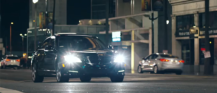 Alesso - Sweet EscapeのPVに登場する車は、メルセデスベンツSクラス