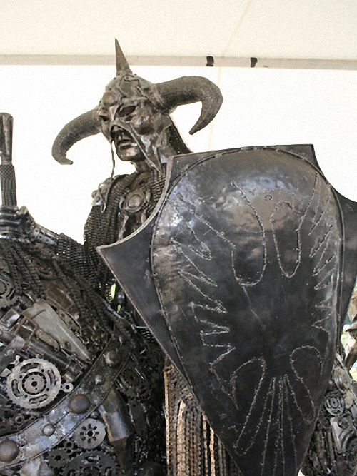 4b-Large-Fantasy-Sculpture-Death-Dealer-Frank-Frazetta-Conan-Giganten-Aus-Stahl