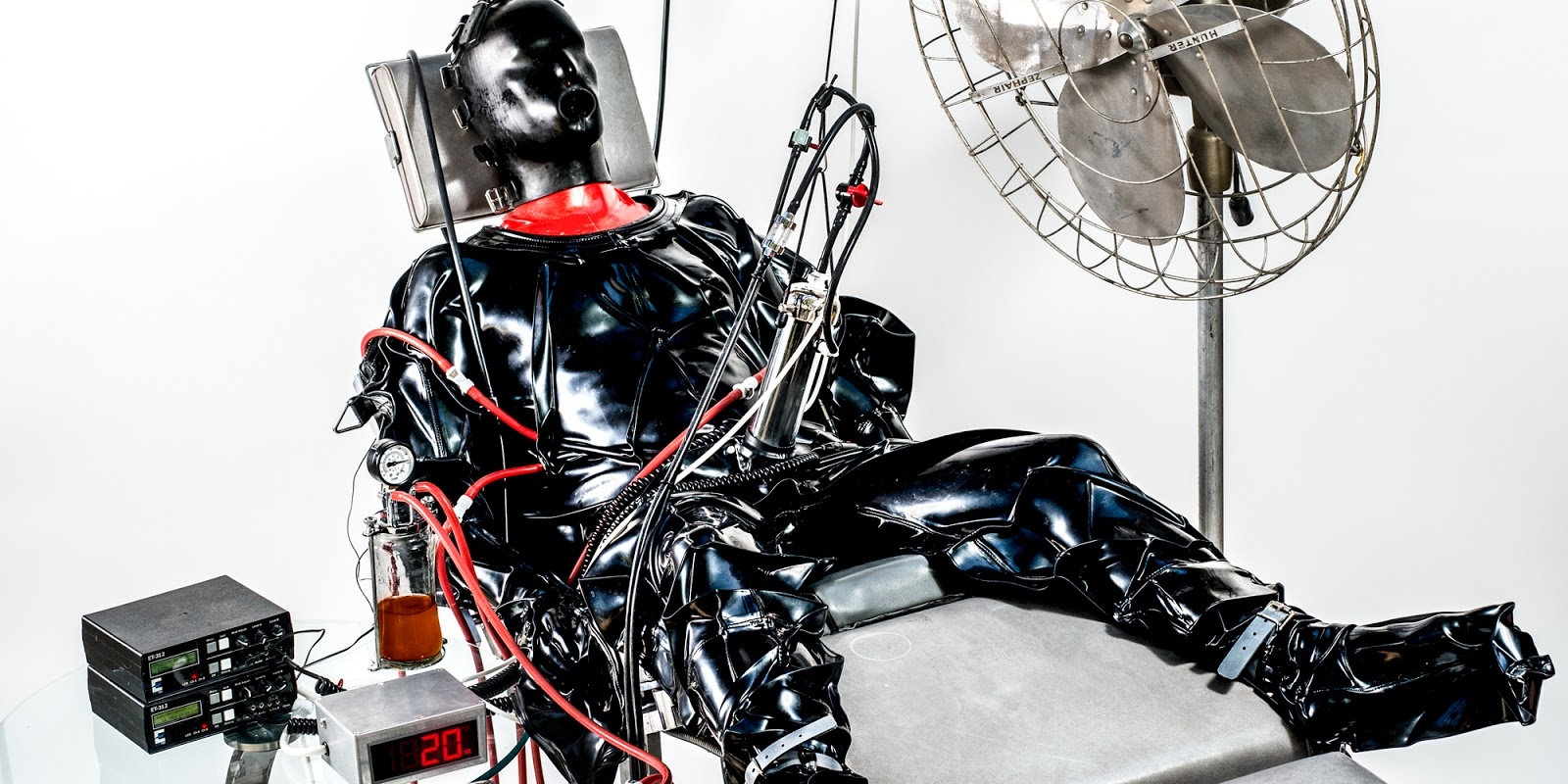 vacuum suit Latex