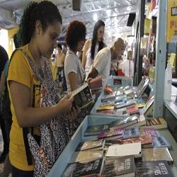 Feira do Livro de Porto Alegre registra alta de 15% nas vendas