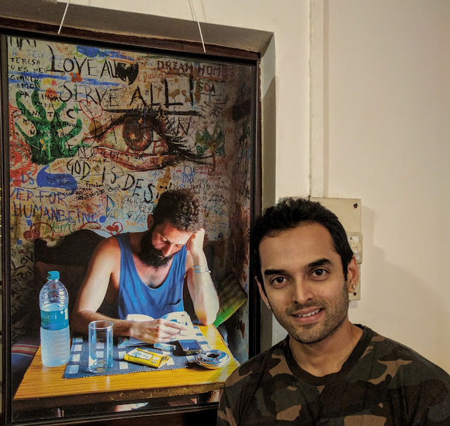 Actor Saurabh Gokhale at Milind Sathe's photography show at Indiaart Gallery (www.indiaart.com)