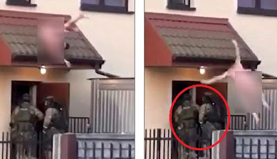 Penjahat telanjang lompat dari rumah.
