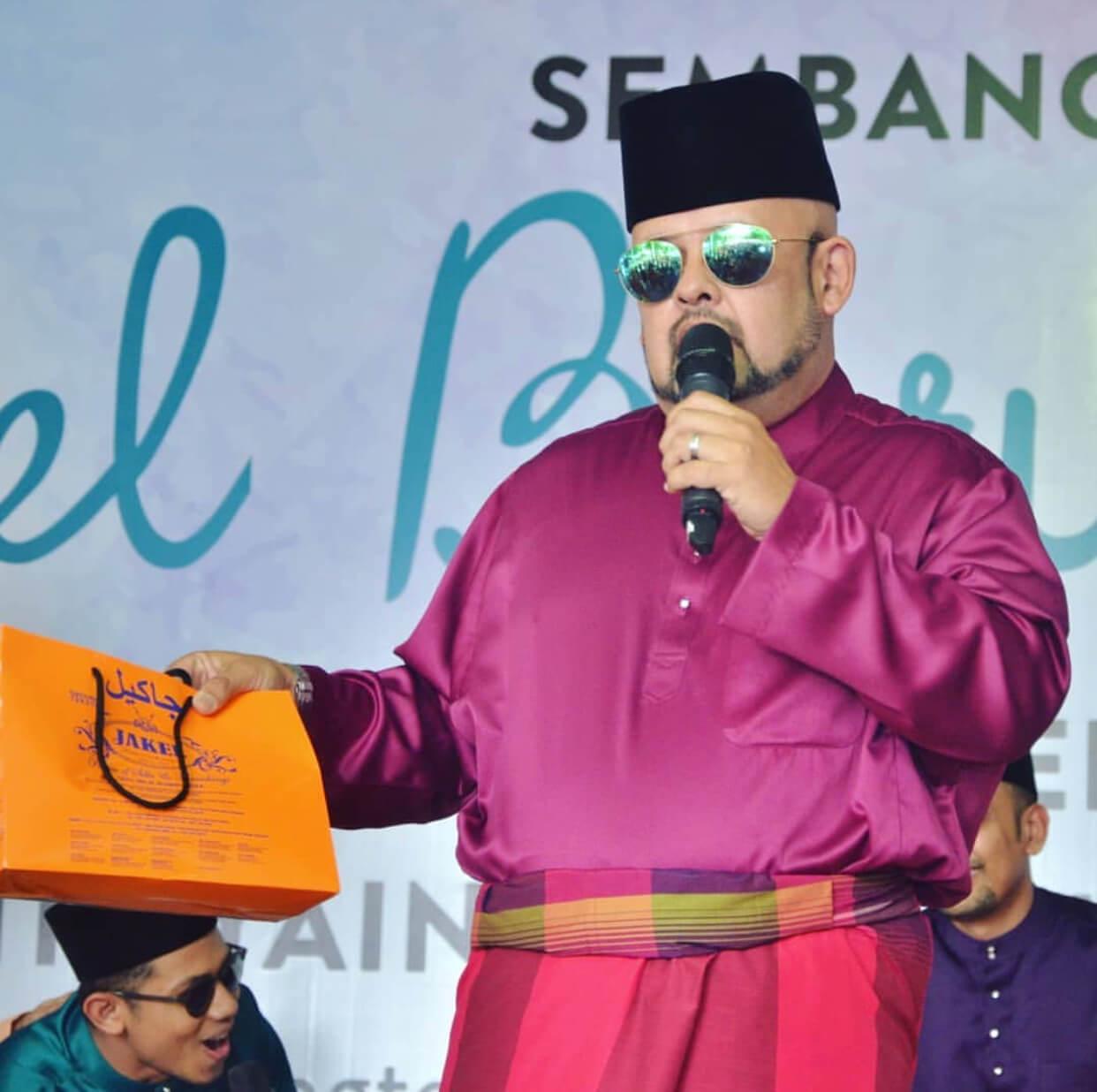 Size Plus untuk baju Melayu