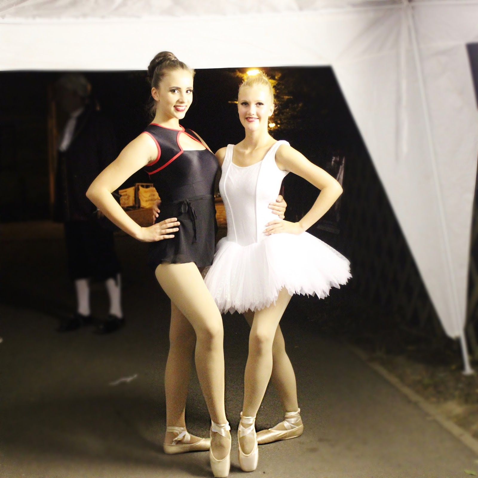 Ballerina-dancers-best-friends-ballet