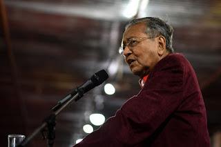 Tak Gentar Lawan Mahathir