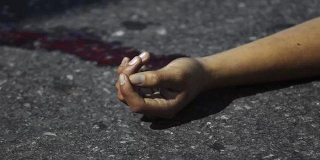 सपाक्स की रैली में जा रहा आॅटो पलटा, 1 महिला की मौत, 8 घायल | CRIME NEWS