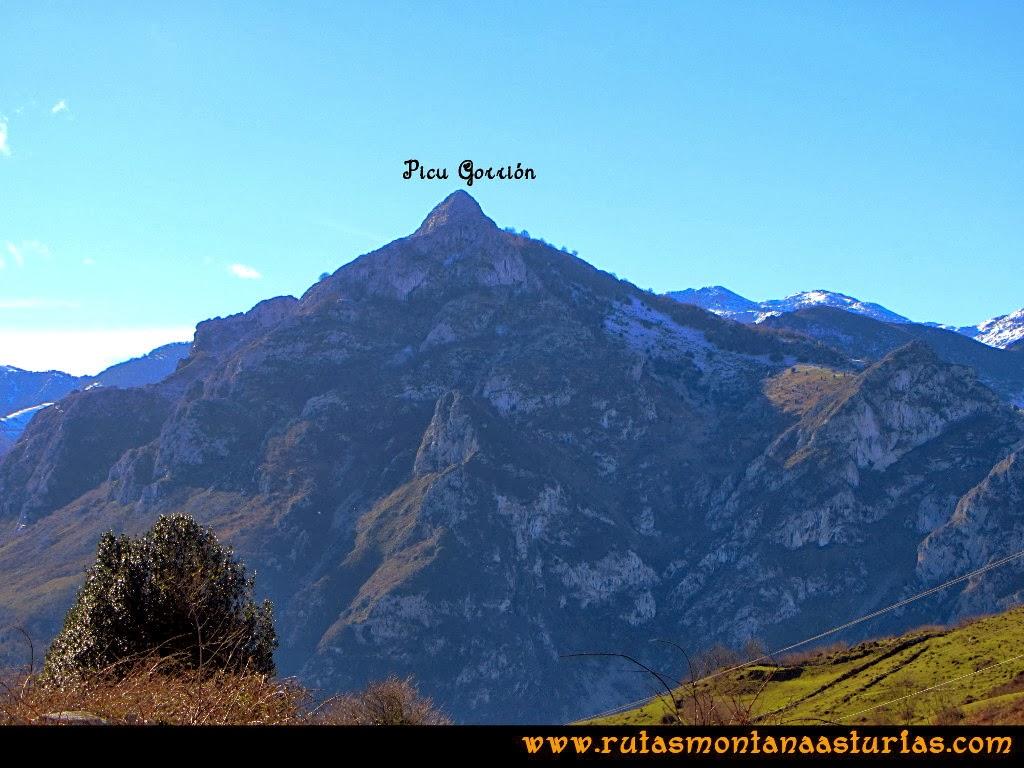 Rutas Montaña Asturias: Vista del picu Gorrión