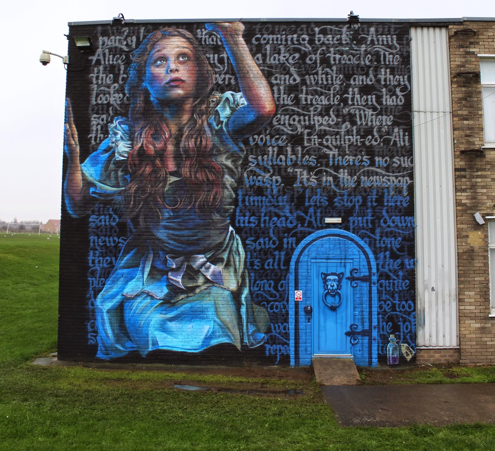 Irony And Frank Styles Paint Alice In Wonderland A New Mural In South Shields UK
