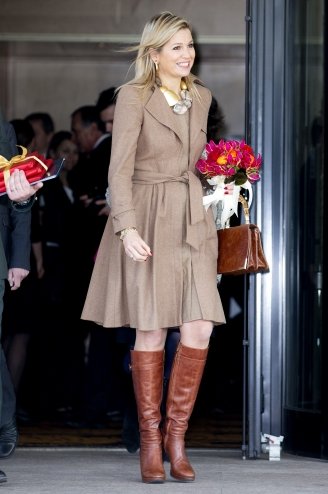 Queen Maxima at conference | Newmyroyals & Hollywood Fashion