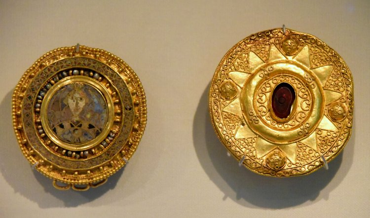 Intelligible Beauty: Byzantine Jewelry, Latest Free Book