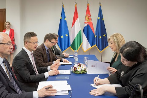 Szijjártó: Magyarország érdeke az erős Szerbia