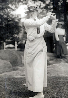 golfer Georgianna Bishop circa 1904