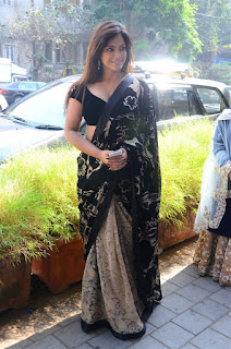 Neetu Chandra in Black Saree at Designer Sandhya Singh Store Launch Mumbai (55).jpg