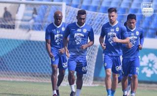 Skuat Persib Bandung Kembali Berlatih di Stadion Si Jalak Harupat