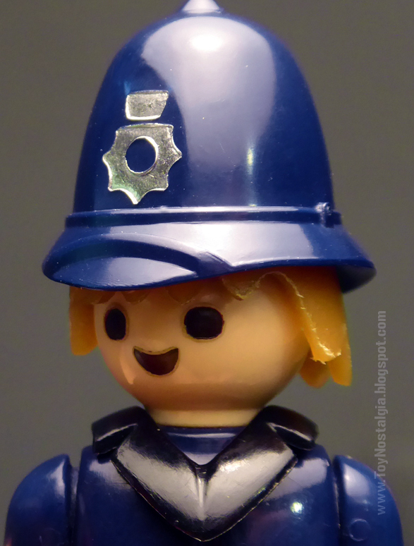 Playmobil Playpeople Bobby policía