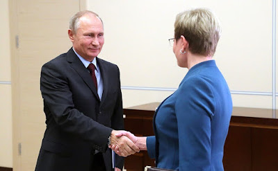 Vladimir Putin met with Murmansk Region Governor Marina Kovtun in the Kremlin