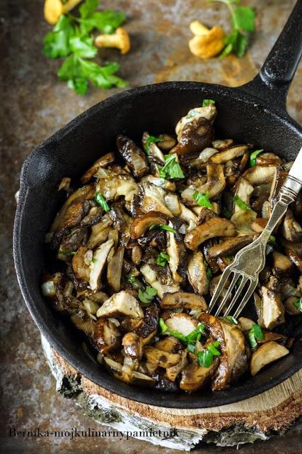 grzyby, kurki, borowiki, kolacja, bernika, kulinarny pamietnik