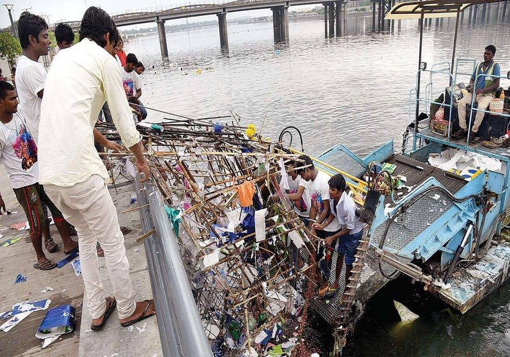 અમદાવાદ-साबरमती सफाई के लिए 500 करोड़ का प्रोजेक्ट, कार्यान्वयन में भारी अनियमितता  -500-crore-project-for-cleaning-Sabarmati-heavy-irregularities-in-implementation