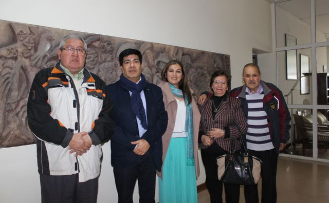 Carlos Mendoza, rector Óscar Garrido, Susane Díaz, Eria Rivera y José Monsalve.