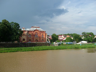 Ужгород. Річка Уж. Дитяча залізниця