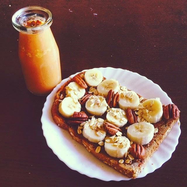 Homemade Honey Papaya Almond Milk and Oats Recipe