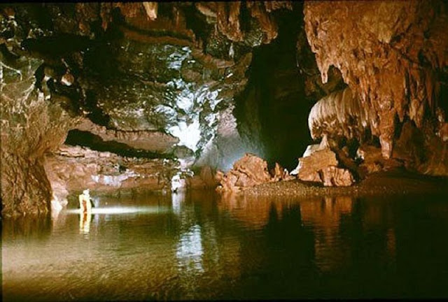 Phuong Thien cave