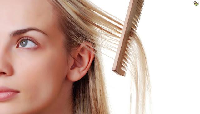 أفضل وصفات منزلية طبيعية تساعد في علاج قشرة الشعر نهائيا بدون اللجوء إلى العلاجات الصيدلية المكلفة وغير مجدية.