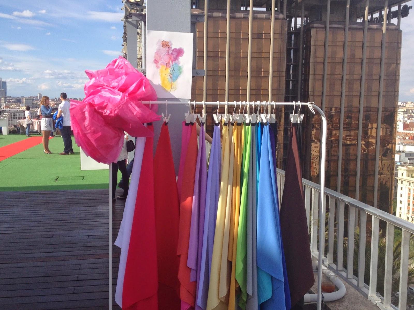 Silueta De Color Personal Shopper En El Evento Moda Con