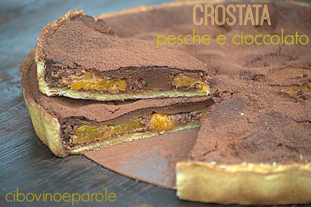 Crostata pesche e cioccolato con amaretti