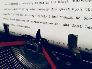 1923 Underwood 3 bank portable typewriter