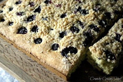 blueberrybuckle1 Buttermilk Blueberry Buckle and Fabulous Friday