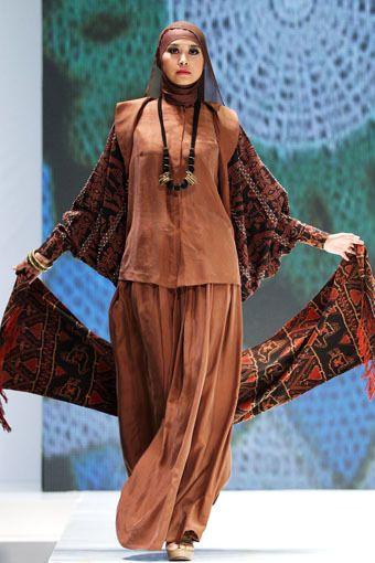 Model Gamis Batik Formal