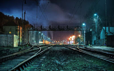 Ini 5 Kisah Seram Para Masinis Yang Bikin Kita Nggak Berani Naik Kereta Malam