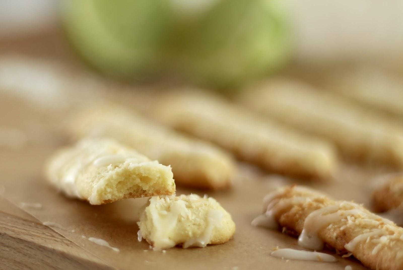 Limetten-Kokos-Stangen - Rezept und Video von Sugarprincess