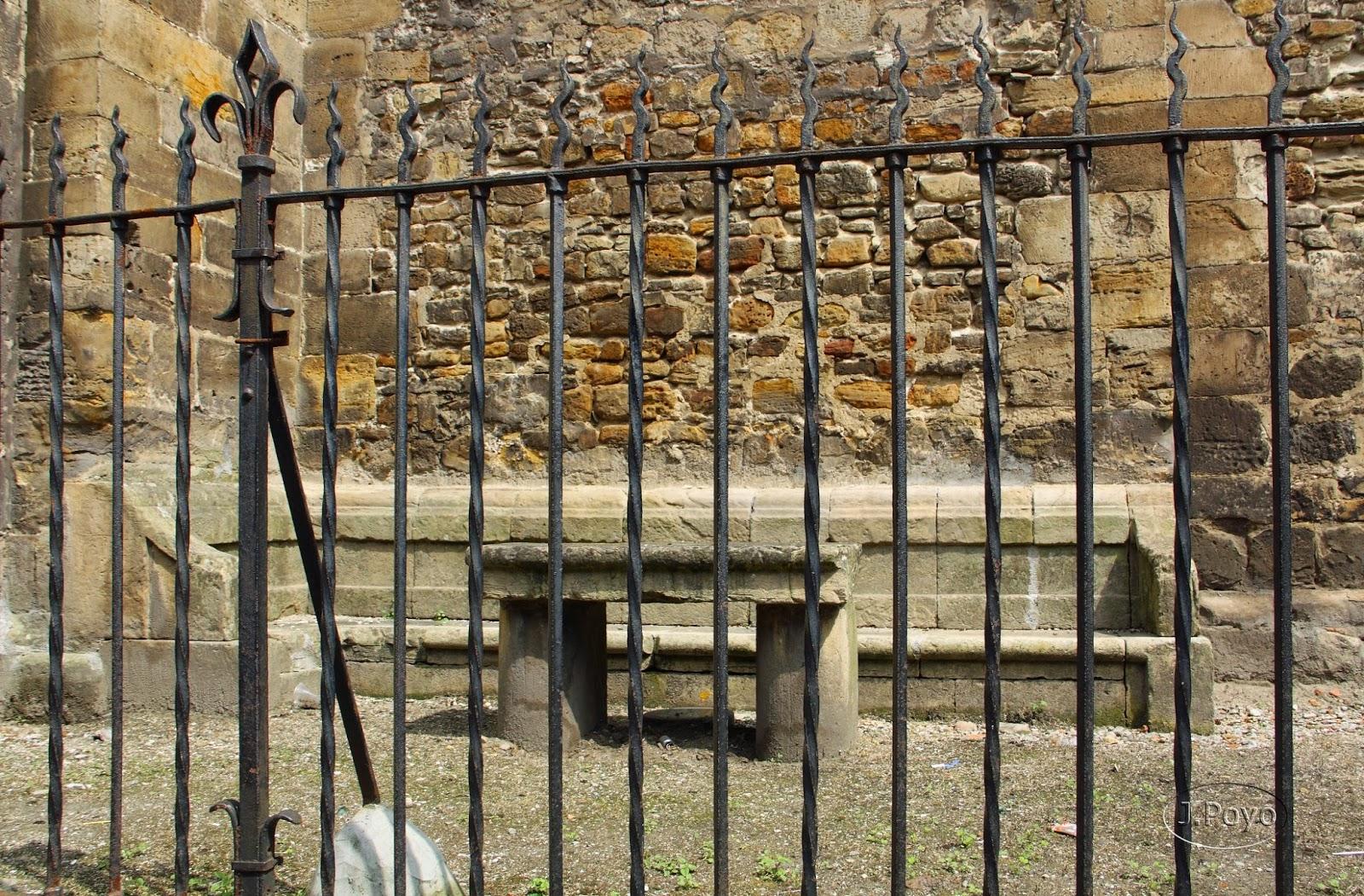 Mesa de los Mareantes de la Iglesia Vieja de Sabugo de Avilés