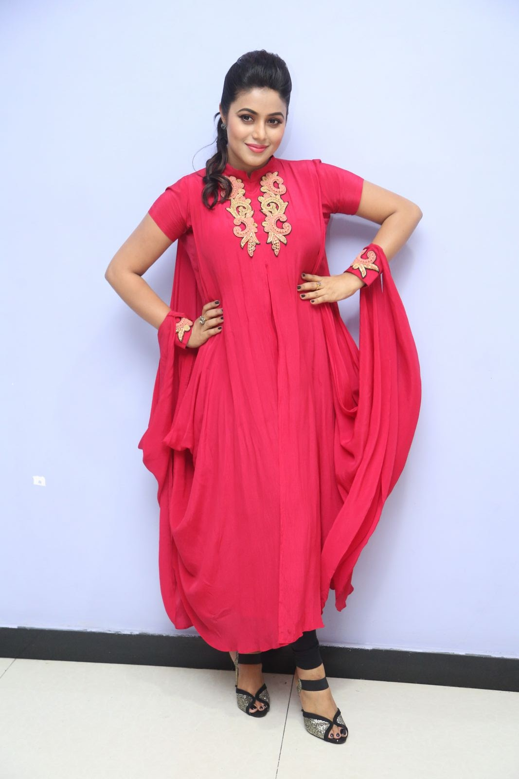 poorna new glamorous photos-HQ-Photo-19
